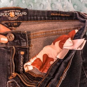 Lucky Brand Charlie Skinny Jeans💋